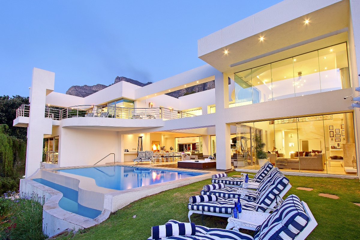 Hollywood Mansion Camps Bay