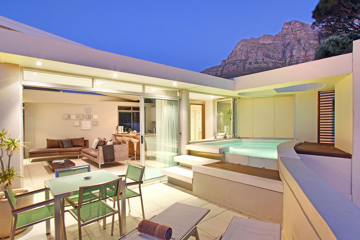 4 First Crescent Camps bay